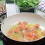 Salmón fresco con espinacas y aceite de oliva virgen extra Ybarra - Paso 4 de la receta