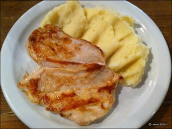 pechugas de pollo a la plancha con pure de patatas