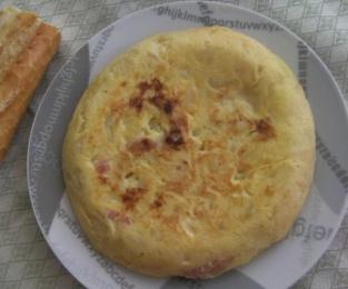 tortilla de patatas con jamón y queso