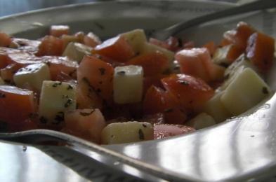 ensalada rápida de tomate