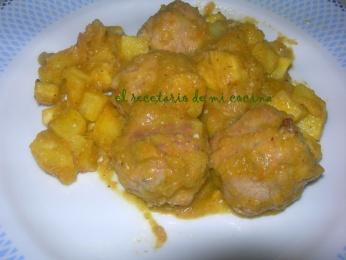 Albóndigas de pavo en salsa de pimientos