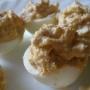 Huevos rellenos de requesón y atún - Paso 5 de la receta