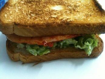Sandwich de lomo adobado
